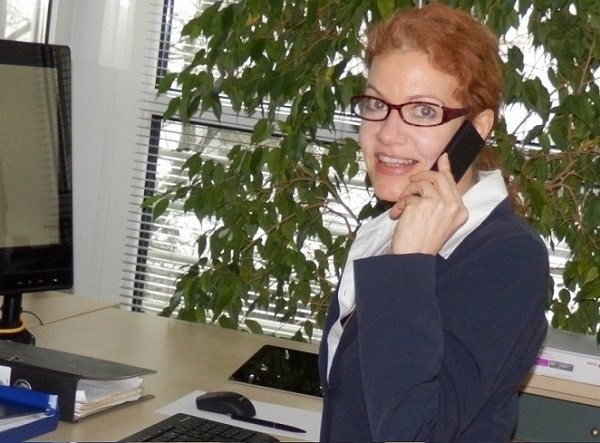 Britta Jakobs is pleased to receive your call.